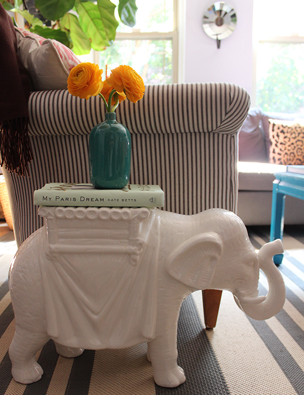 Tag Pair Of Ceramic Elephant Side Tables The Pursuit